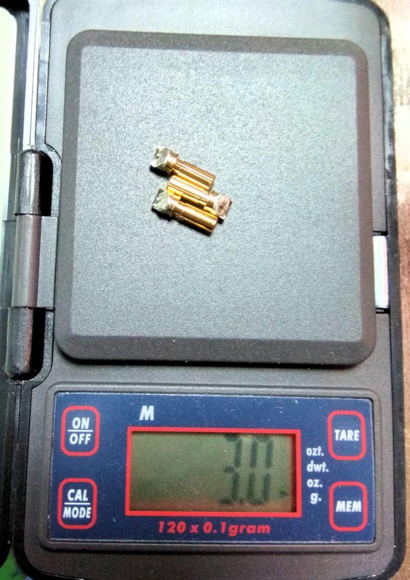 020 Peso de los terminales del motor