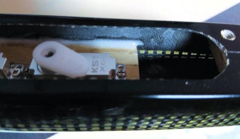 032 Bancada de servos pegada con epoxi y microbalones
