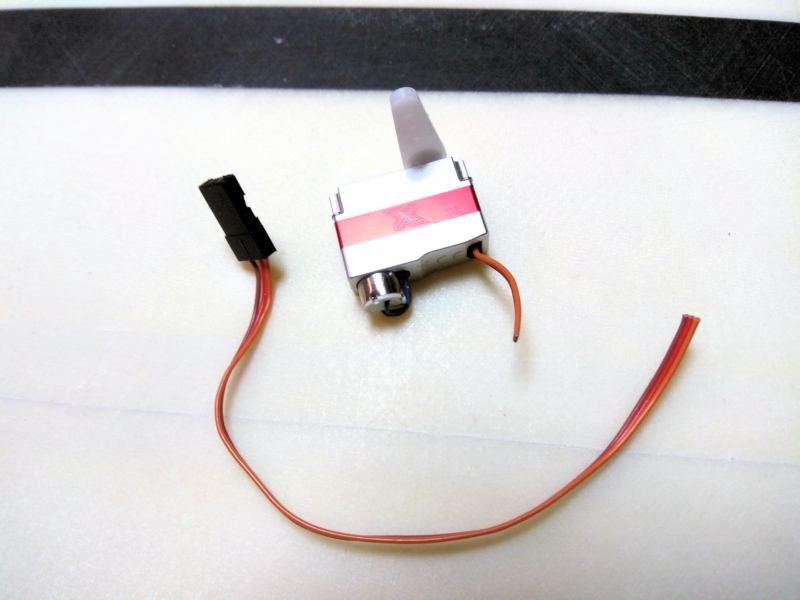 040 Corto el cable del servo
