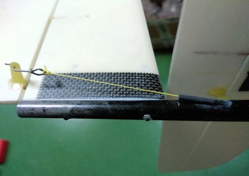156 Salida cable kevlar para deriva
